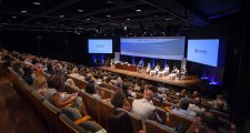 Més de 300 persones assisteixen a la presentació del Projecte +Futur