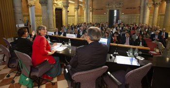115a assemblea, juny 2018, primeres files, autoritats, Alba Vergés, Roser Fernández, Enric Mangas